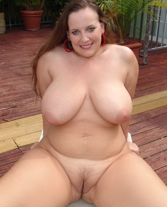 Bbw with shaved pussy