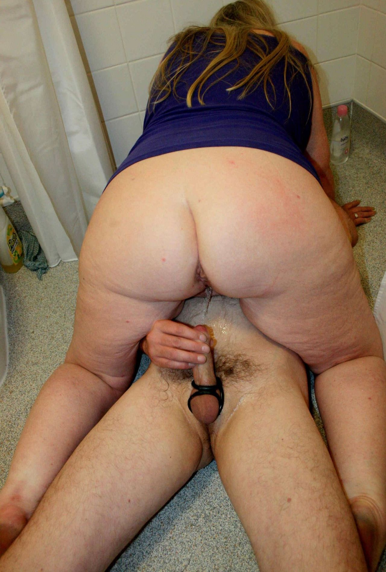 women fucked in ass and pissing