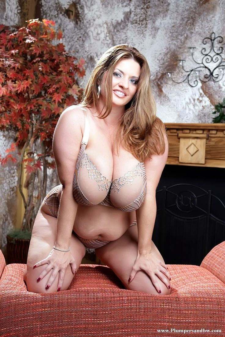 Bbw Porn Magazine beauty chubby woman - not to large, just right bbw porn