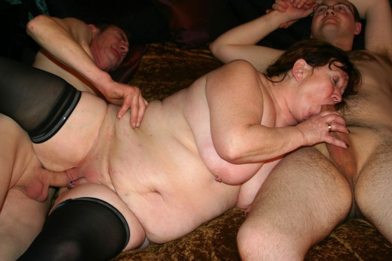 Come fucks threesome bbw rather was and