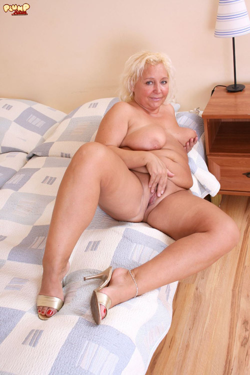 old fat blonde nude