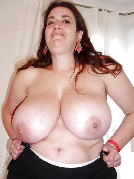 My bbw wife topless, watch her big uns