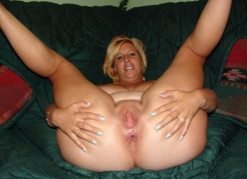 Blonde amateur bbw wife