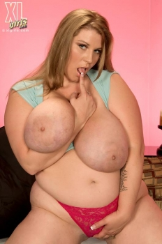 Bbw milf with giant juggs