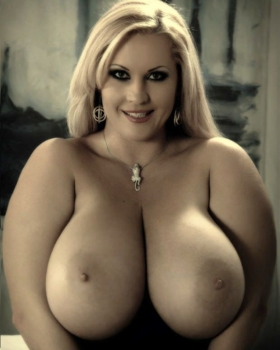 Hot chubby blonde