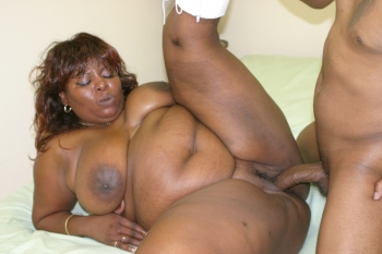 Fat black momma gets some fresh cock