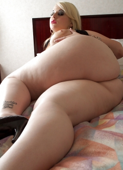 Naked chubby in the bed