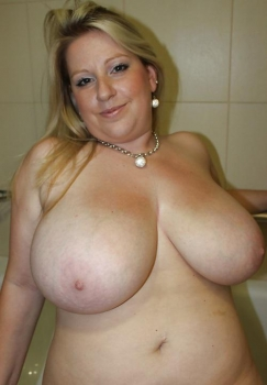 Fat boobed wife xxx