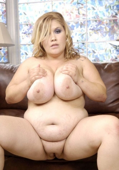 Fat blonde lady nude