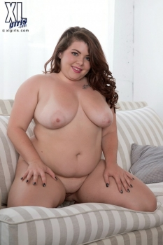 Sexy fat nude