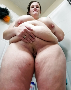 Horny fat wife stripped down.