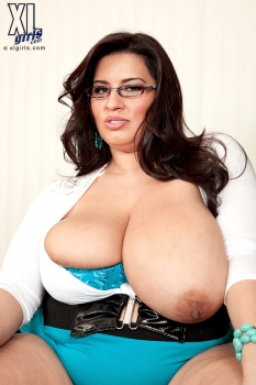 Exotic bbw, photo by xlgirls.com